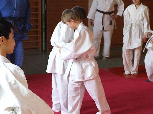 http://froebelschule-lbg.de/media/SportAGs/JudoAG/Judo_07.jpg